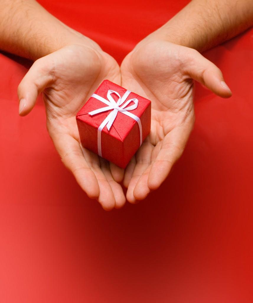 Какие любит подарки мужчина весы